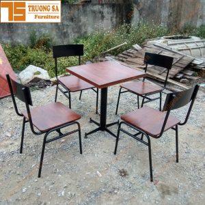 bàn ghế sắt cafe TS360
