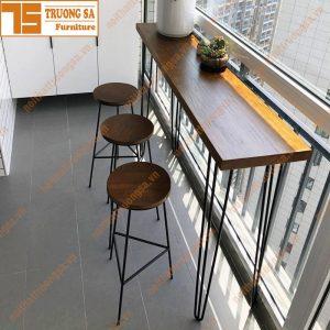 ghế bar chân sắt mặt gỗ TS114