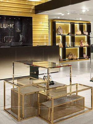 thiết kế cửa hàng vàng bạc