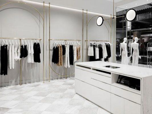 trang trí shop quần áo đẹp
